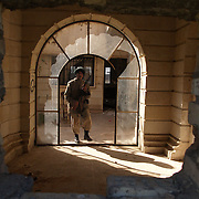 30th Jan 2004.Tikrit, Iraq.Iraqi soldiers living in one of Saddams abandoned palaces.