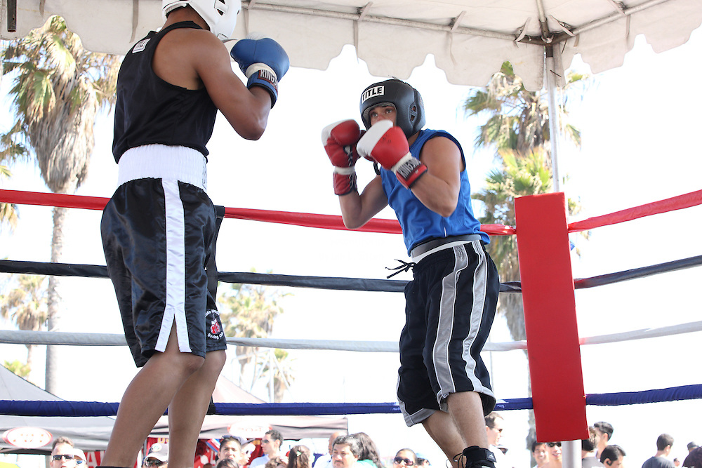 Amateur boxing at Muscle Beach on Memorial Day weekend 2010.
