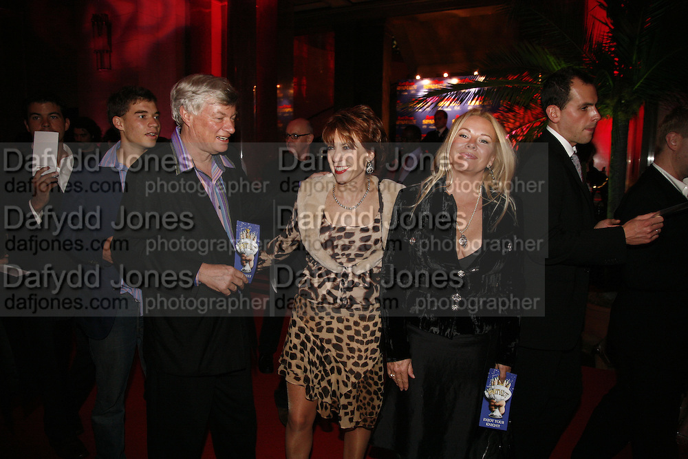 Julius Robertson, Geoffrey Robertson, Kathy Lette and Pamela Stephenson.  Opening of Spamalot at the Night Palace Theatre and afterwards at Freemasons Hall Gt. Queen St.  London. 17 October 2006. -DO NOT ARCHIVE-© Copyright Photograph by Dafydd Jones 66 Stockwell Park Rd. London SW9 0DA Tel 020 7733 0108 www.dafjones.com