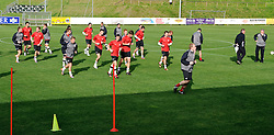 27.05.2010, Stadion, St. Lamprecht, AUT, FIFA Worldcup Vorbereitung, Training Neuseeland, im Bild die Mannschaft, Ricki Herbert, Trainer, EXPA Pictures © 2010, PhotoCredit: EXPA/ S. Zangrando / SPORTIDA PHOTO AGENCY