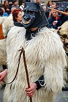 Italie, Sardaigne, Province de Nuoro, Village de Ottana, Carnaval, mardi gras, Masque traditionel des Boes et Merdules // Italy, Sardinia, Nuoro province, Ottana village, Canival with Boes and Merdules mask