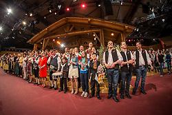 27.03.2015, Messehalle, Oberwart, AUT, Musikantenstadl in Oberwart - Generalprobe, im Bild alle Musiker bei der Verabschiedung während der Generalprobe des 'Musikantenstadl' // All singers at the end of the show during the dress rehearsel of the show 'Musikantenstadl' at the Fair Hall, Oberwart, Austria on 2015/03/27, EXPA Pictures © 2015, PhotoCredit: EXPA/ Erwin Scheriau
