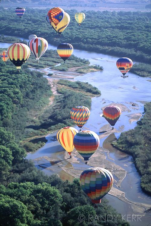 River and ballons