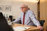 15 JAN 2013, BERLIN/GERMANY:<br /> Frank-Walter Steinmeier, SPD Fraktionsvorsitzender, waehrend einem Interview, in seinem Buero, Jakob-Kaiser-Haus, Deutscher Budnestag<br /> IMAGE: 20130115-01-002<br /> KEYWORDS: B&uuml;ro