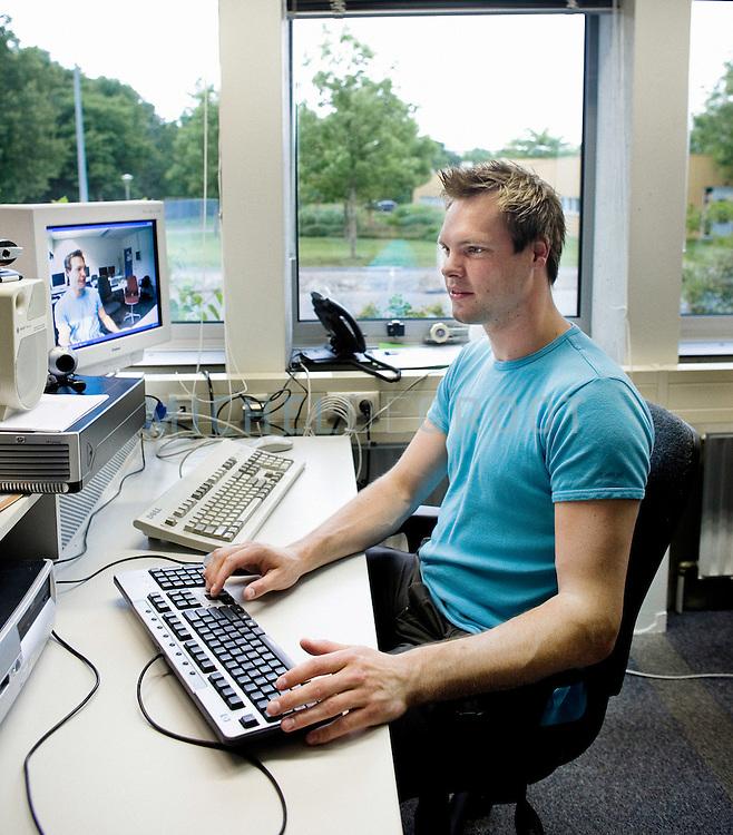 Wycher Visser, student Informatica op June 14, 2007 in Groningen, The Netherlands. (Photo by Michel de Groot)