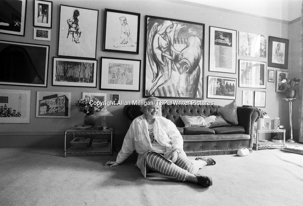 Liz Lochhead, Scottish poet and playwright at home in Glasgow, August 1989<br /> <br /> Picture by Allan Milligan/TSPL/Writer Pictures
