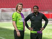 Johan Cruijff ArenA, Amsterdam. FC Kensington vs FC Coen en Sander. Op de foto: Sander Lantinga en John Williams