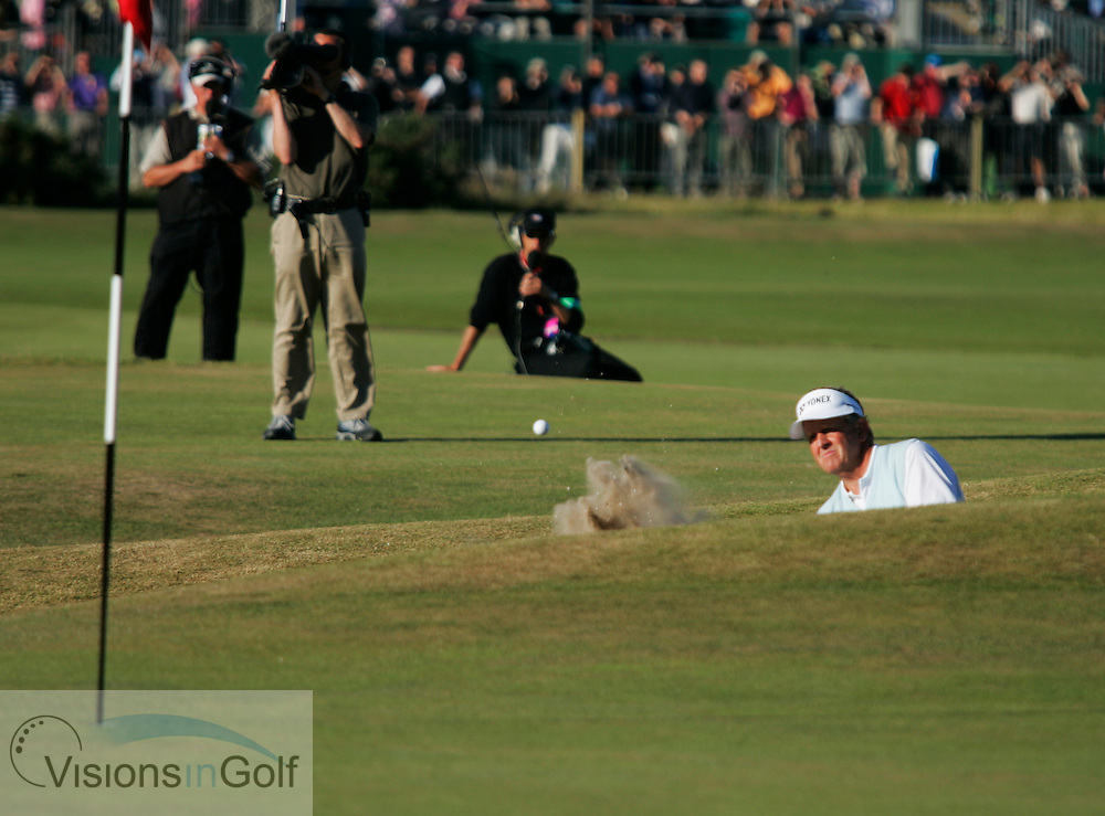 Colin Montgomerie out of the bunker on 17th<br />