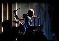 18/08/11 - AURILLAC - CANTAL - FRANCE - 26e Festival de Theatre de rue d Aurillac. ECLAT 2011, Spectacle Metalovoice - Photo Jerome CHABANNE