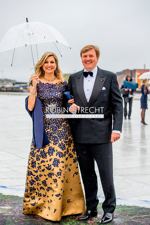 10-5-2017 OSLO NORWAY Banquet at the Opera House. The banquet is the Government&rsquo;s gift to the King and Queen to mark their 80th birthdays.  King Harald and Queen Sonja Prince Haakon and Crown Princess Mette-Marit Princess M&auml;rtha Louise Princess Astrid H.M. Queen Margrethe II  Crown Prince Frederik and Crown Princess Mary Prince Joachim and Princess Marie  King Carl XVI Gustaf and Queen Silvia Crown Princess Victoria and Prince Daniel Prince Carl Philip and Princess Sofia<br /> Grand Duke Herri and and Grand Duchess Maria-Teresa Archduke Duke Guillaume and Arvestor Duchess St&eacute;phanie H.F.H. First Albert II King Willem-Alexander and Queen Maxima Princess Beatrix of the Netherlands  Princess Mabel of Oranje-Nassau King Philippe and Queen Mathilde  COPYRIGHT ROBIN UTRECHT <br /> <br /> 10-5-2017 OSLO NOORWEGEN Banket in het Opera House. Het banket is de gift van de regering aan de koning en koningin om hun 80ste verjaardag te markeren. Koning Harald en Koningin Sonja Prins Haakon en Kroonprinses Mette-Marit Prinses M&auml;rtha Louise Prinses Astrid H.M. Koningin Margrethe II Kroonprins Frederik en Kroonprinses Mary Prins Joachim en Prinses Marie Koning Carl XVI Gustaf en Koningin Silvia Kroonprinses Victoria en Prins Daniel Prins Carl Philip en Prinses Sofia<br /> Groothertog Herri en Groot Hertogin Maria-Teresa Aartshertog Duke Guillaume en Arvestor Duchess St&eacute;phanie H.F.H. Eerste Albert II Koning Willem-Alexander en Koningin Maxima Prinses Beatrix van de Nederlandse Prinses Mabel van Oranje-Nassau Koning Philippe en Koningin Mathilde COPYRIGHT ROBIN UTRECHT