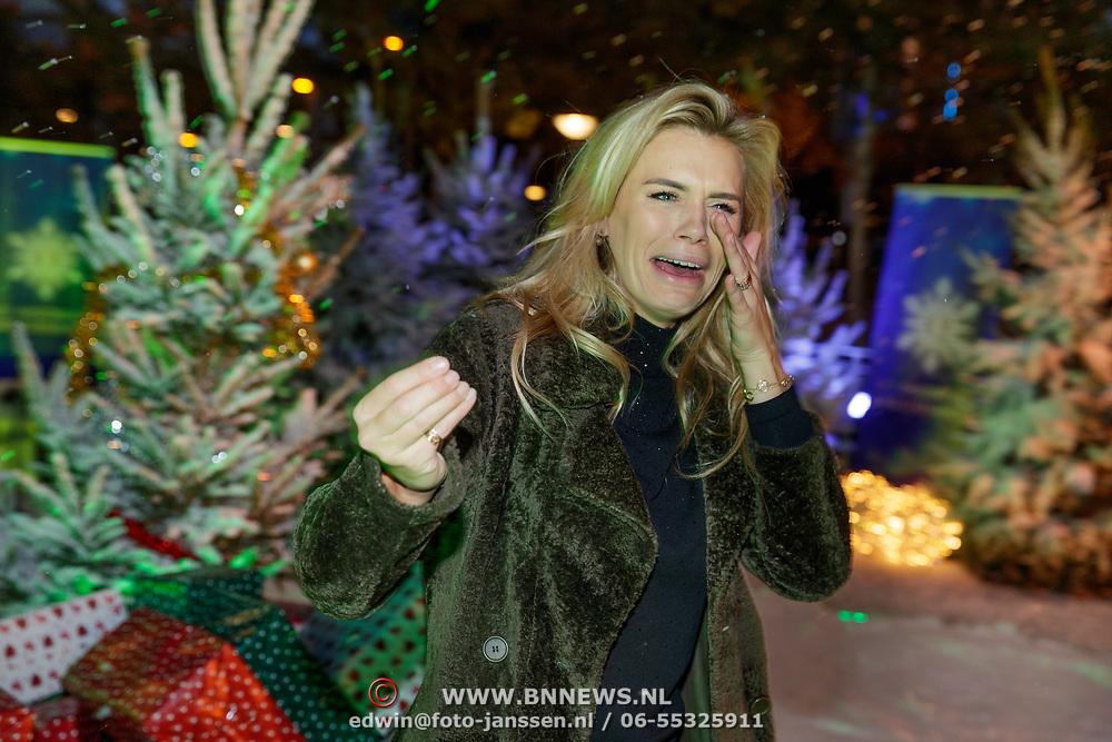 NLD/Amsterdam/20181016 - Presentatie in de Sneeuw, Nicolette van Dam in de sneeuw