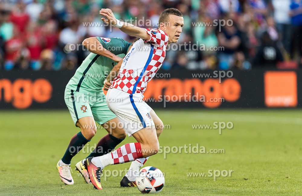25.06.2016, Stade Bollaert Delelis, Lens, FRA, UEFA Euro 2016, Kroatien vs Portugal, Achtelfinale, im Bild Ivan Perisic (CRO) // Ivan Perisic (CRO) during round of 16 match between Croatia and Portugal of the UEFA EURO 2016 France at the Stade Bollaert Delelis in Lens, France on 2016/06/25. EXPA Pictures © 2016, PhotoCredit: EXPA/ JFK