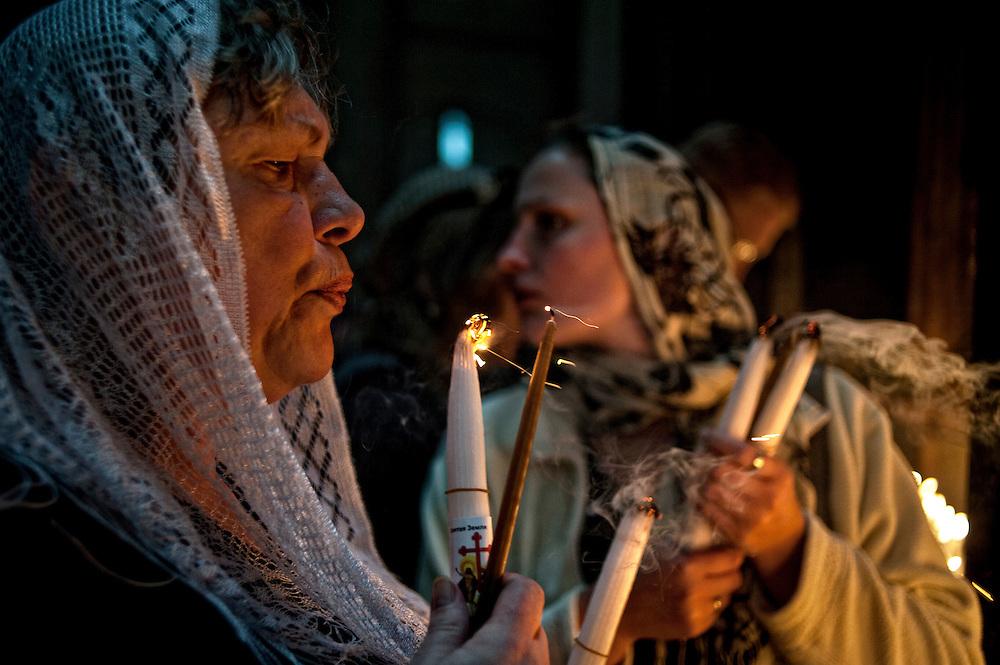 Jérusalem, israël, le samedi 23 avril 2011 - Cérémonie du feu sacré à l'église du Saint Sépulcre.