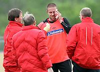 Fotball<br /> Trening England<br /> 19.05.2010<br /> Irdingen Østerrike<br /> Foto: Gepa/Digitalsport<br /> NORWAY ONLY<br /> <br /> FIFA Weltmeisterschaft 2010 in Suedafrika, Vorberichte, Vorbereitung Nationalteam England, IFCS Trainingslager, Medientag, Training. <br /> <br /> Bild zeigt Matthew Upson (ENG)