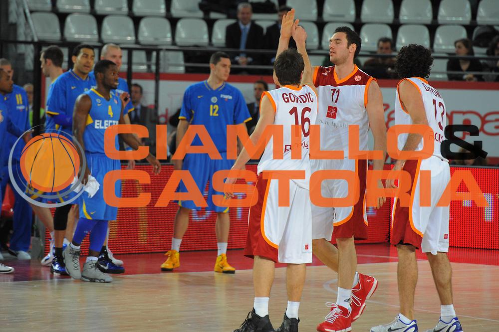DESCRIZIONE : Roma Eurolega 2010-11 Top 16 Lottomatica Virtus Roma Maccabi Elettra Tel Aviv<br /> GIOCATORE : Nemanja Gordic<br /> SQUADRA : Euroleague<br /> EVENTO : Eurolega 2010-2011<br /> GARA : Lottomatica Virtus Roma Maccabi Elettra Tel Aviv<br /> DATA : 03/03/2011<br /> CATEGORIA : Esultanza<br /> SPORT : Pallacanestro <br /> AUTORE : Agenzia Ciamillo-Castoria/GiulioCiamillo<br /> Galleria : Eurolega 2010-2011<br /> Fotonotizia : Roma Eurolega 2010-11 Top 16 Lottomatica Virtus Roma Maccabi Elettra Tel Aviv<br /> Predefinita :