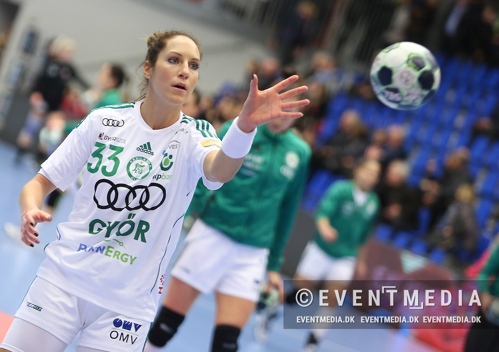 Bernadett Bodi (#33), Györ. EHF Champions League Main Round group match between Team Esbjerg and Györi Audi ETO KC in Blue Water Dokken, Esbjerg, Danmark, 5.02.2017. Photo Credit: Allan Jensen/EVENTMEDIA.