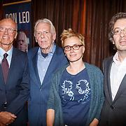 NLD/Rotterdam/20151027 - Boeklancering Leo Beenhakker, Jorien van den Herik, Leo en kinderen Mariska en Erwin