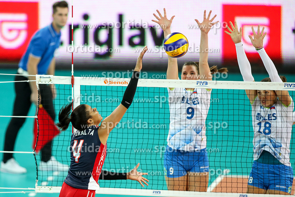 Vielka Michelle Peralta Luna of Dominican Republic vs Iza Mlakar and Sasa Planinsec of Slovenia during the volleyball match between National team of Slovenia and Dominican Republic in Preliminary Round of Womens U23 World Championship 2017, on September 4, 2017 in SRC Stozice, Ljubljana, Slovenia. Photo by Morgan Kristan / Sportida