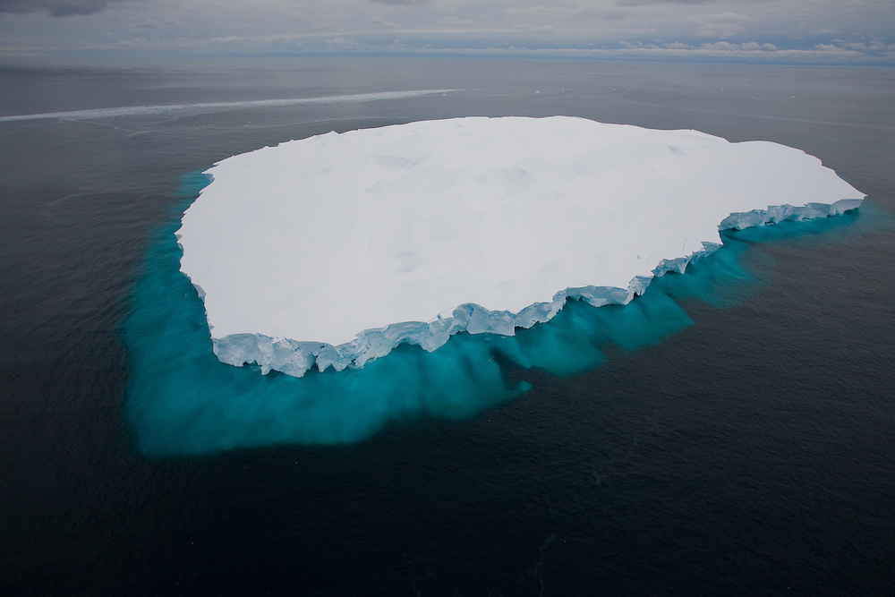February 22th 2007. Ross Sea. Southern Ocean. Placid waters in the Ross Sea reveals the size of an iceberg beneath the surface of the water.