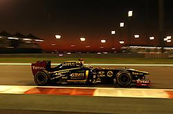 12.11.2011, Yas-Marina-Circuit, Abu Dhabi, UAE, Grosser Preis von Abu Dhabi, im Bild Bruno Senna [BRA] Test Driver Lotus Renault GP . // during the Formula One Championships 2011 Large price of Abu Dhabi held at the Yas-Marina-Circuit, 2011/11/12. EXPA Pictures © 2011, PhotoCredit: EXPA/ nph/ Dieter Mathis..***** ATTENTION - for Austria Media usage only! *****