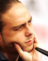 GEPA-1206087622 - NEUSTIFT IM STUBAITAL,AUSTRIA,12.JUN.08 - FUSSBALL - UEFA Europameisterschaft, EURO 2008, Nationalteam Spanien, Pressekonferenz. Bild zeigt Sergio Garcia (ESP).<br />Foto: GEPA pictures/ Andreas Panzenberger