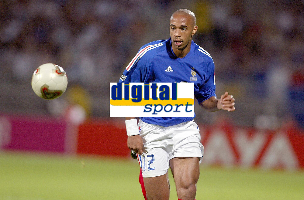 FOOTBALL - CONFEDERATIONS CUP 2003 - GROUP A - 030618 - FRANKRIKE v COLOMBIA -THIERRY HENRY (FRA) - PHOTO JEAN-MARIE HERVIO / DIGITALSPORT