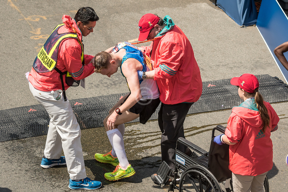 Boston Marathon Zachary Hine finishes 10th, top American, then vomits and gets medical assistance