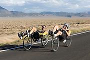 Sebastiaan Bowier (links) en Jan Bos verkennen de weg waarop ze een recordpoging gaan doen. In de buurt van Battle Mountain, Nevada, strijden van 10 tot en met 15 september 2012 verschillende teams om het wereldrecord fietsen tijdens de World Human Powered Speed Challenge. Het huidige record is 133 km/h.<br /> <br /> Sebastiaan Bowier (left) and Jan Bos are checking the track. Near Battle Mountain, Nevada, several teams are trying to set a new world record cycling at the World Human Powered Vehicle Speed Challenge from Sept. 10th till Sept. 15th. The current record is 133 km/h.