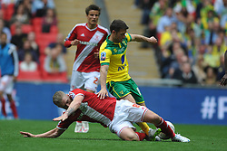 Adam Clayton Middlesbrough, Battles with Norwich Wes Hoolahan, Middlesbrough v Norwich, Sky Bet Championship, Play Off Final, Wembley Stadium, Monday  25th May 2015
