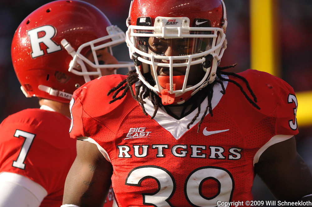 Oct 10, 2009; Piscataway, NJ, USA; Rutgers running back Jourdan Brooks (39) during first half NCAA college football action between Rutgers and Texas Southern at Rutgers Stadium.