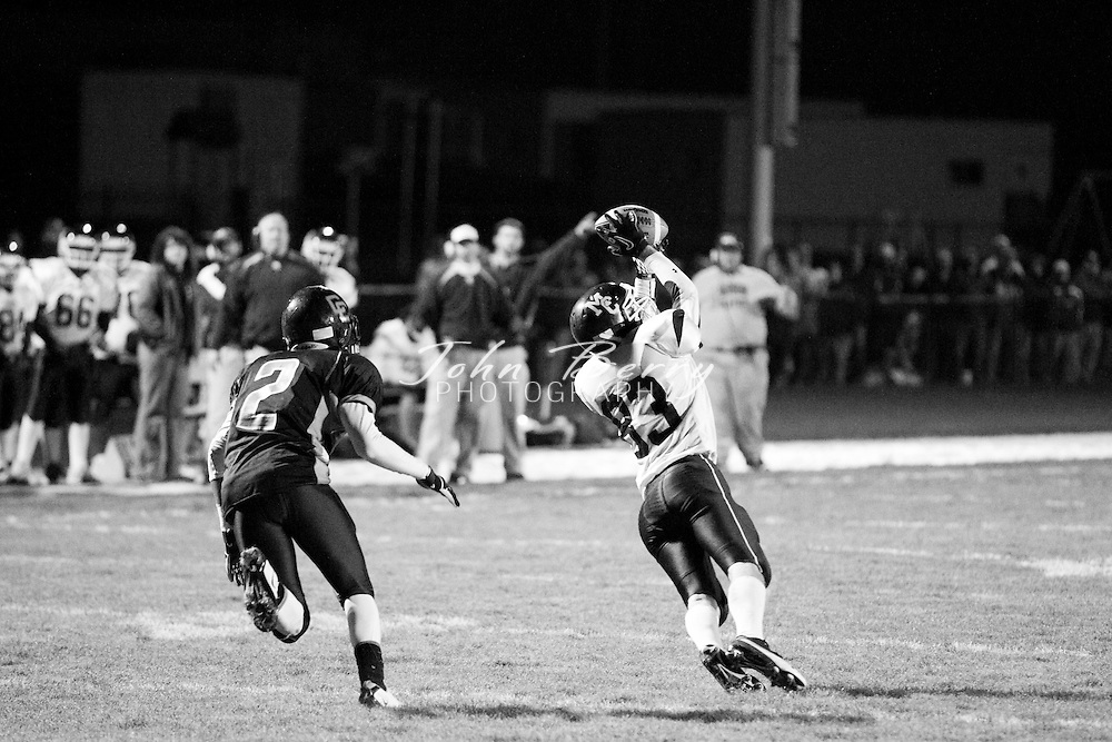 November/12/10:  MCHS Varsity Football at Clarke Eagles.  Madison loses to Clarke 28-20.  TDs for Madison by Maurice Gentry and Ralph Yates (2).  Madison, Manassas Park, and Clark end the season with a three way tie for first place in the Bull Run District.