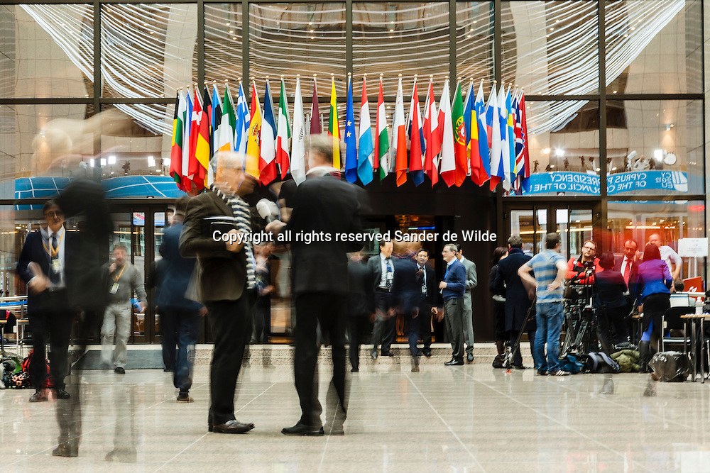 Brussels Friday 23 november 2012. Second day of the EU summit on the European Budget. Journalists in the main hall of the EU building Justus Lipsius.