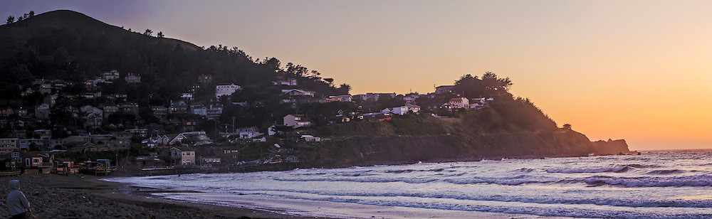 Pacifica, California, on the coast of the Pacific Ocean between San Francisco and Half Moon Bay