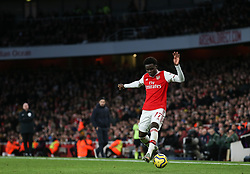 Bukayo Saka of Arsenal  attempts to control the ball - Mandatory by-line: Arron Gent/JMP - 18/01/2020 - FOOTBALL - Emirates Stadium - London, England - Arsenal v Sheffield United - Premier League