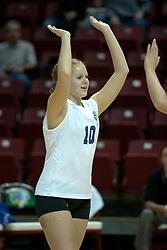 20 November 2004....Sarah Schuster gives 10....Illinois State University Redbirds V Drake Bulldogs Women's Volleyball.  Redbird Arena, Illinois State University, Normal IL