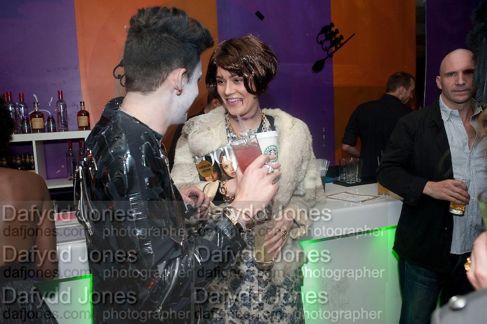 HENRY HOLLAND; ALEX EAGLE; AS ANNA WINTOUR;; RALPH FIENNES; Browns Focus Halloween party. Shepherds Bush pavilion. Shepherds Bush. London. 30 October 2009