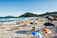 Praia Brava, situada no extremo norte da Ilha de Santa Catarina. Florianópolis, Santa Catarina, Brasil. / <br /> Brava Beach, located on the north of Island of Santa Catarina. Florianopolis, Santa Catarina, Brazil.