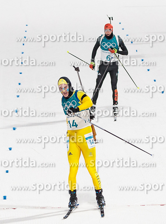 12.02.2018, Alpensia Biathlon Centre, Pyeongchang, KOR, PyeongChang 2018, Biathlon, Herren, Verfolgung, im Bild v.l. Sebastian Samuelsson (SWE, 2. Platz), Benedikt Doll (GER, 3. Platz) // f.l. silver medalist Sebastian Samuelsson of Sweden bronce medalist Benedikt Doll of Germany during the Mens Biathlon Pursuit of the Pyeongchang 2018 Winter Olympic Games at the Alpensia Biathlon Centre in Pyeongchang, South Korea on 2018/02/12. EXPA Pictures © 2018, PhotoCredit: EXPA/ Johann Groder