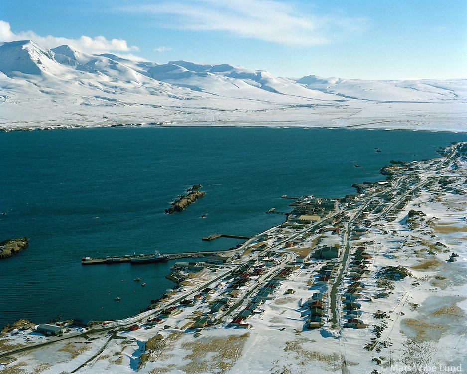 Vopnafjörður séð til suðurs  /  Vopnafjordur viewing south   Vopnafjarðarhreppur /  Vopnafjardarhreppur