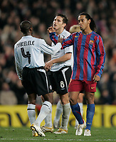 7/3/2006.BARCELONA.SPAIN.CHAMPIONS LEAGUE .BARCELONA V CHELSEA.RONALDINO AND MAKELELE AT FINAL WHISTLE<br /> PIC DAVE SHOPLAND