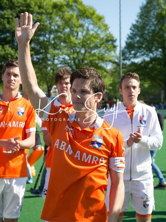 BLOEMENDAAL  - Wouter Jolie (Bl'daal) na  de play offs heren hoofdklasse Bloemendaal-Kampong 0-2) . Aanvoerder Wouter Jolie speelde zijn laatste wedstrijd Kampong gaat naar de finale . COPYRIGHT KOEN SUYK