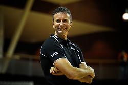 29-10-2011 VOLLEYBAL: NEDERLAND - BELGIE: ALMERE<br /> De eerste oefenwedstrijd als voorbereiding op het pre OKT wordt met 3-0 gewonnen van Belgie / interim-coach Bert Goedkoop <br /> ©2011-WWW.FOTOHOOGENDOORN.NL