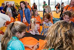 07-01-2018 NED: DELA Beach Open day 5, Den Haag<br /> Jeugd kinderen vermaken zich prima in het Dela Beach House