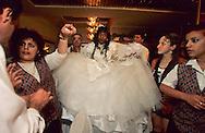wedding of ethiopian jews in Tel Aviv    Israel  (falashmuras) immigrants from ethiopia   /// Mariage de juifs éthiopierns  à Tel aviv    Israel (falashmuras)  /// R00287/    L004423  /  P0007219