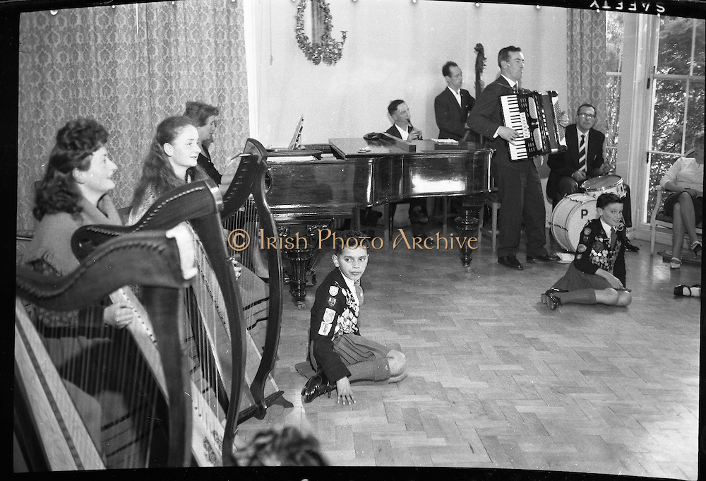 Rehearsal for a concert at U.S. Embassy featuring American entertainer Bing Crosby..16.09.1961
