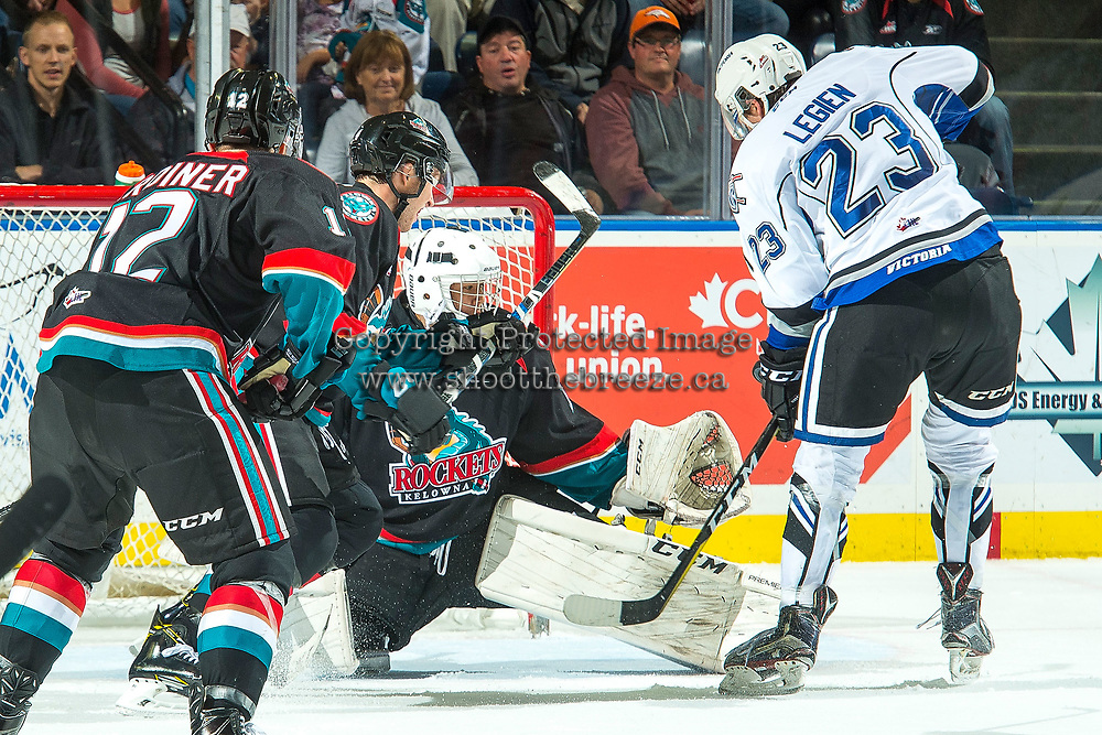 KELOWNA, CANADA - OCTOBER 4: James Porter #1 of the Kelowna Rockets makes a save against the Victoria Royals on October 4, 2017 at Prospera Place in Kelowna, British Columbia, Canada.  (Photo by Marissa Baecker/Shoot the Breeze)  *** Local Caption ***