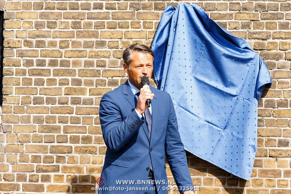 NLD/Zevenhuizen/20150709 -  Koningin Maxima opent het Leontienhuis, een initiatief van oud-wielrenster Leontien Zijlaard-van Moorsel, Michael Zijlaard