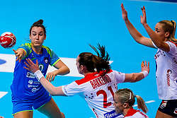 02-12-2019 JAP: Slovenia - Norway, Kumamoto<br /> Second day 24th IHF Womenís Handball World Championship, Slovenia lost the second match against Norway with 20 - 36. / Tjasa Stanko #10 of Slovenia, BAKKERUDIngvild Kristiansen of Norway
