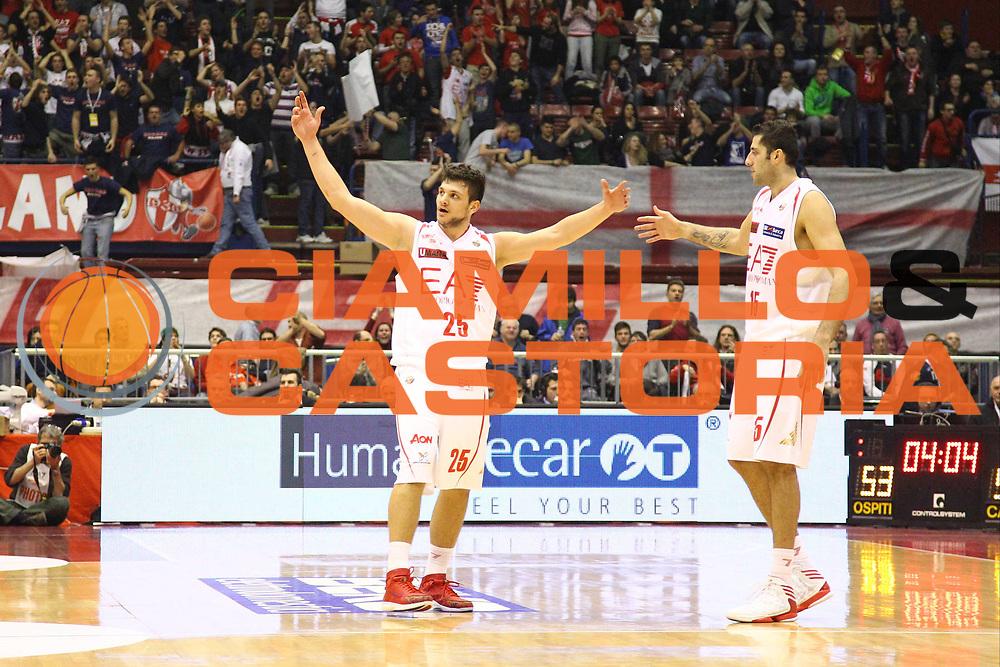 DESCRIZIONE : Milano Lega A 2012-13 EA7 Emporio Armani Milano Montepaschi Siena<br /> GIOCATORE : Alessandro Gentile<br /> CATEGORIA : Ritratto Esultanza<br /> SQUADRA : EA7 Emporio Armani Milano<br /> EVENTO : Campionato Lega A 2012-2013<br /> GARA : EA7 Emporio Armani Milano Montepaschi Siena<br /> DATA : 03/03/2013<br /> SPORT : Pallacanestro <br /> AUTORE : Agenzia Ciamillo-Castoria/G.Cottini<br /> Galleria : Lega Basket A 2012-2013  <br /> Fotonotizia : Milano Lega A 2012-13 EA7 Emporio Armani Milano Montepaschi Siena<br /> Predefinita :