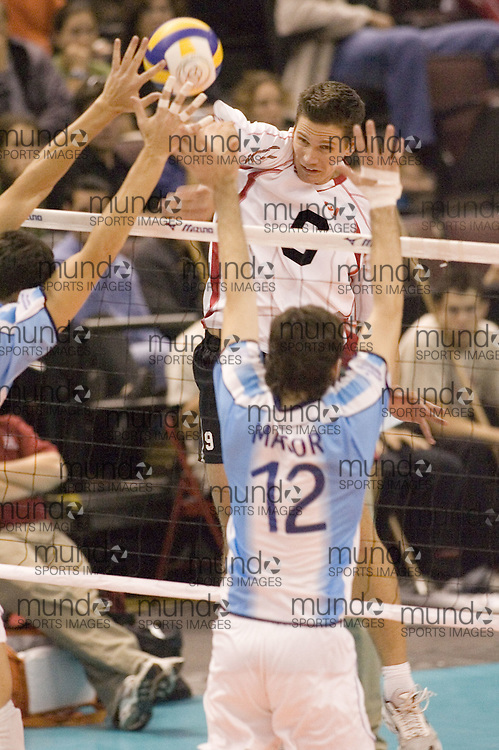 Paul Duerden of  Canada during a three games to none defeat of Argentina in the 2006 Anton Furlani Volleyball Cup, held in Ottawa, Canada. .Anton Furlani Cup.Copyright Sean Burges / Mundo Sport Images, 2006